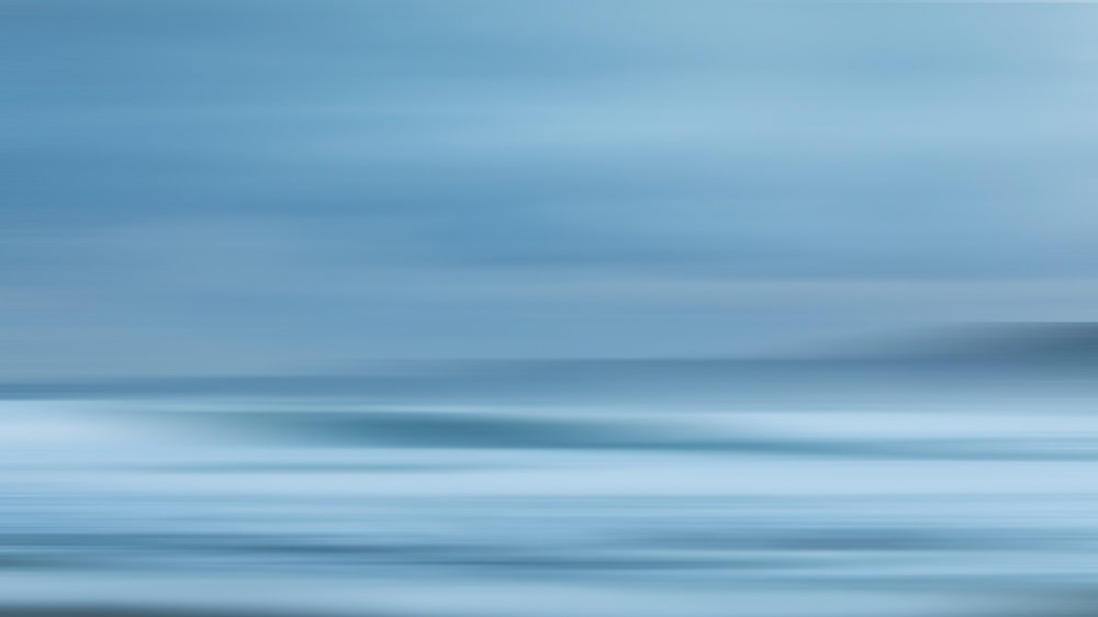HELEN TRENERRY Photographer - Seascape - Narabeen Blur