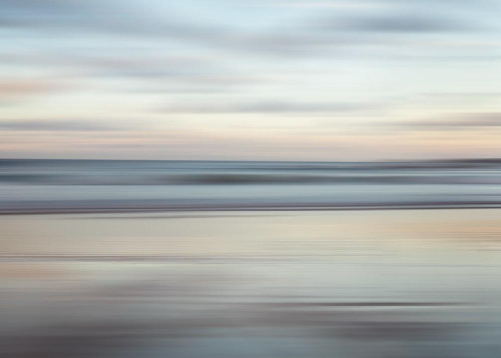HELEN TRENERRY Photographer - Seascape - Sunrise Blur