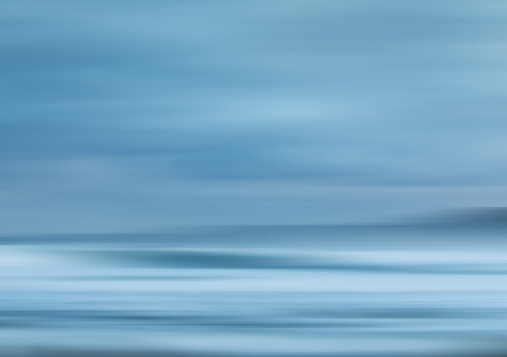 HELEN TRENERRY Photographer - Seascape - Narabeen Blur
