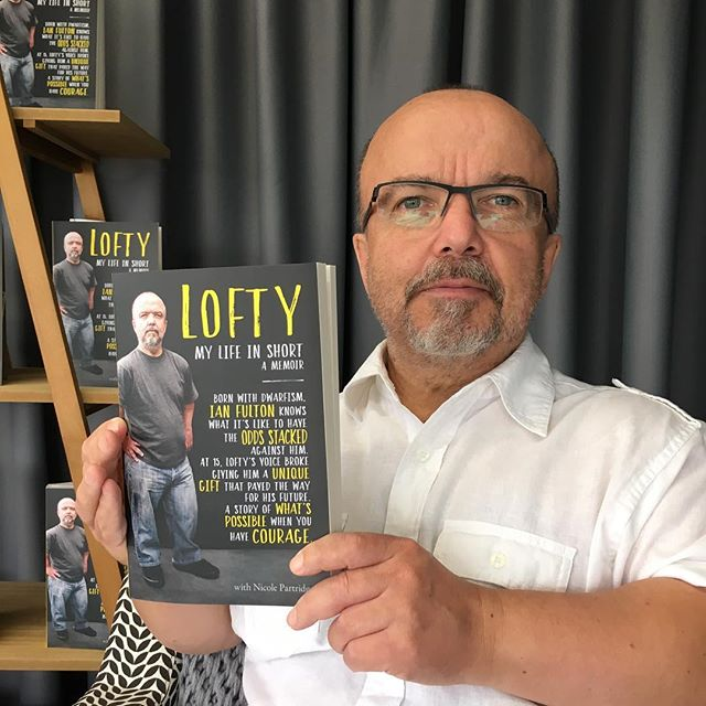 So very proud of my man @loftyfulton and @nicole_partridge_writer. @harpercollinsaustralia  have published his memoir, to be released on Feb 18.  Check out loftymylifeinshort.com for all the good bits... ❤️❤️❤️ Oh, did I mention I landed the cover shot 😃😃😃 #proudaspunch #whatateam #voiceartistturnedauthor #hesthegoods