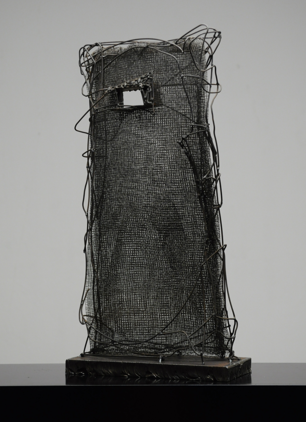 wire sculpture ''Passage''