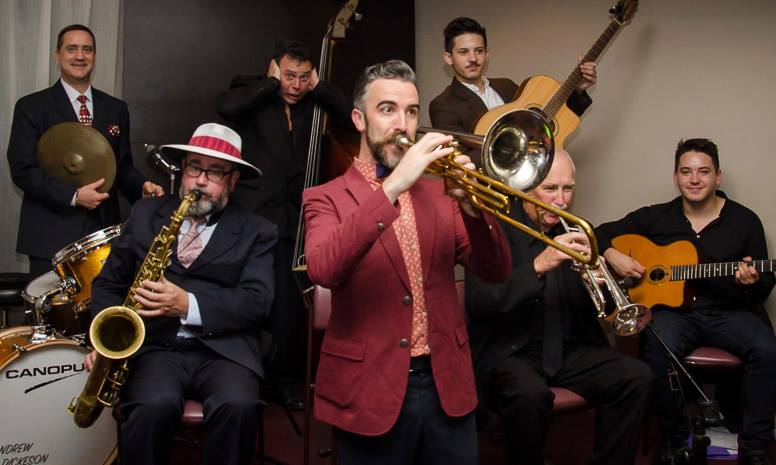 Splendid Six (plus one) at Swing Dance Sydney 2015
