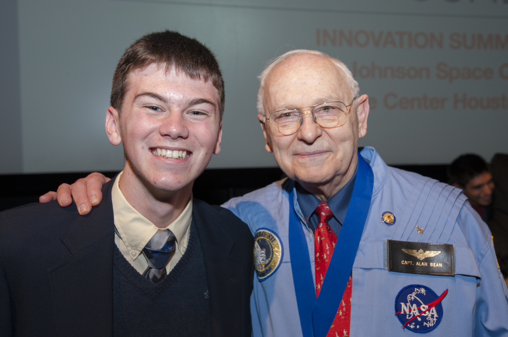 Alan Bean and Student.jpg
