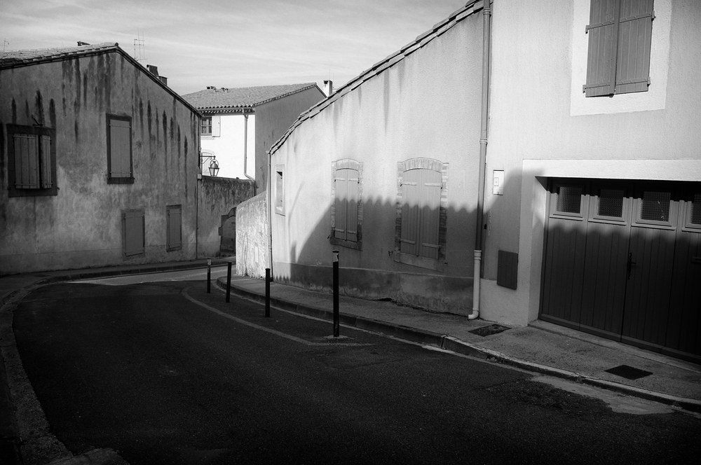 Shadows on the way to the new city. Carcassonne