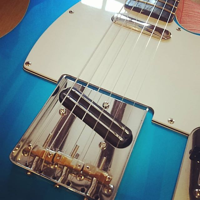 Sick new pickups from @houseoftonepickups! Classic neck replacement and a coil-tapped blade humbucker on the bridge. Sounds ace. Cheers Matt! #houseoftone #knowyourtone #gearybusey #music