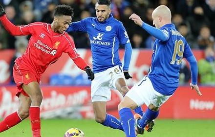 Esteban Cambiasso pudo haber cambiado el rumbo del partido. (Fotografía: Twitter Leicester City)