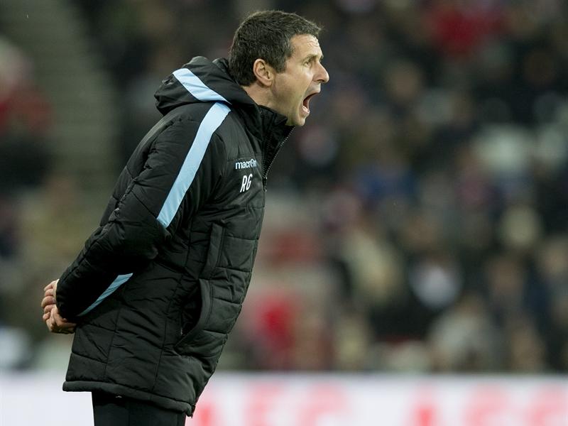 Rémi Garde sumó una nueva derrota en el Stadium of Light | Fotografía: Aston Villa FC