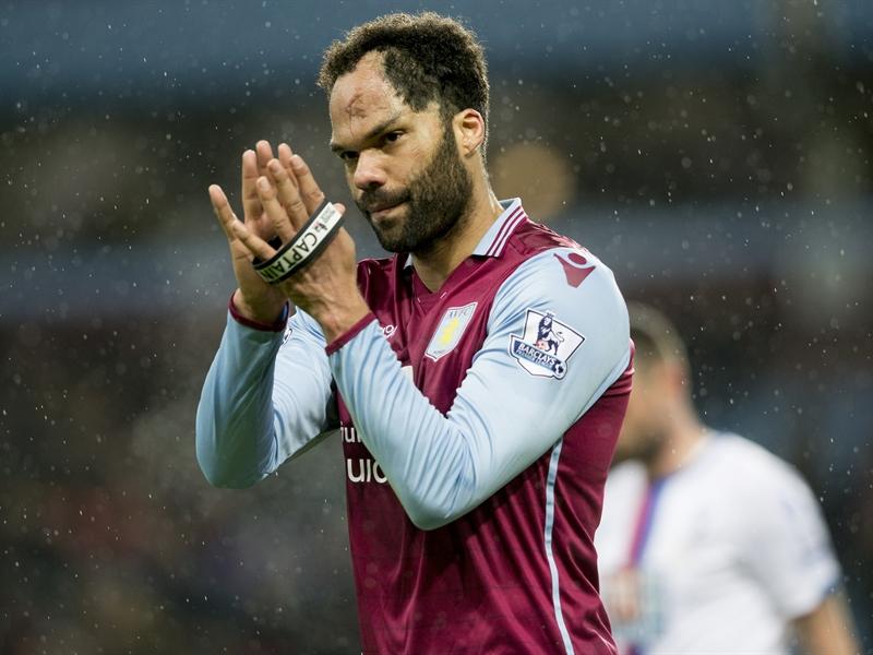 Joleon Lescott fue clave en la victoria | Fotografía: Aston Villa FC