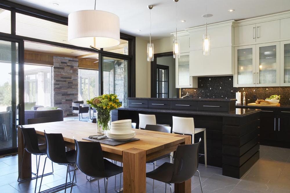 5_Kitchen.jpg