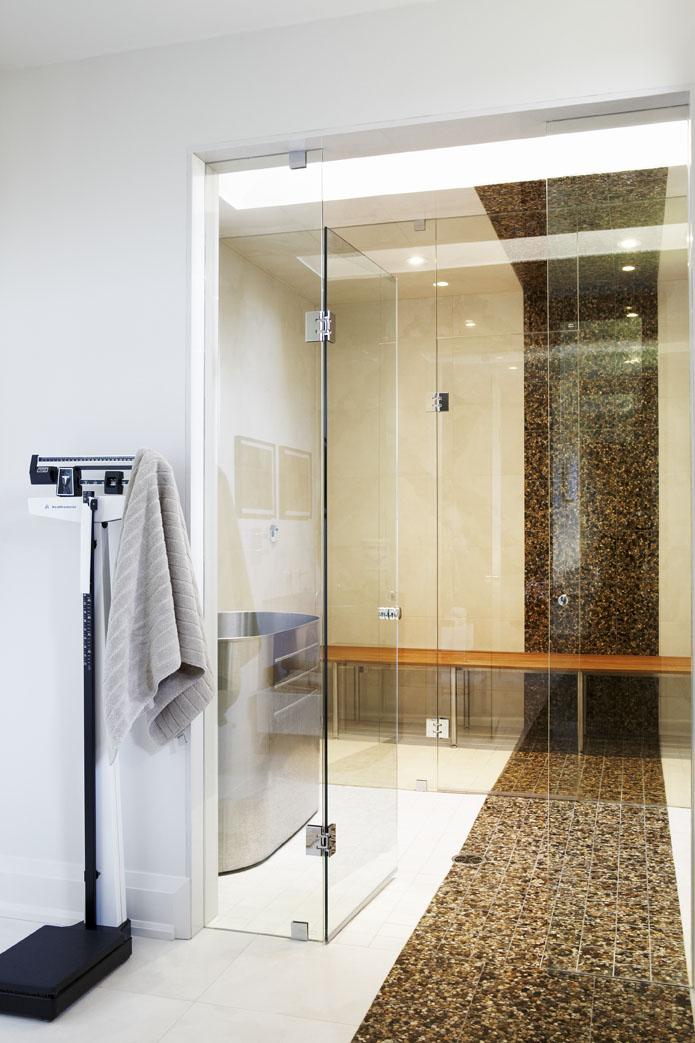 Country Urban Master Ensuite Bathroom