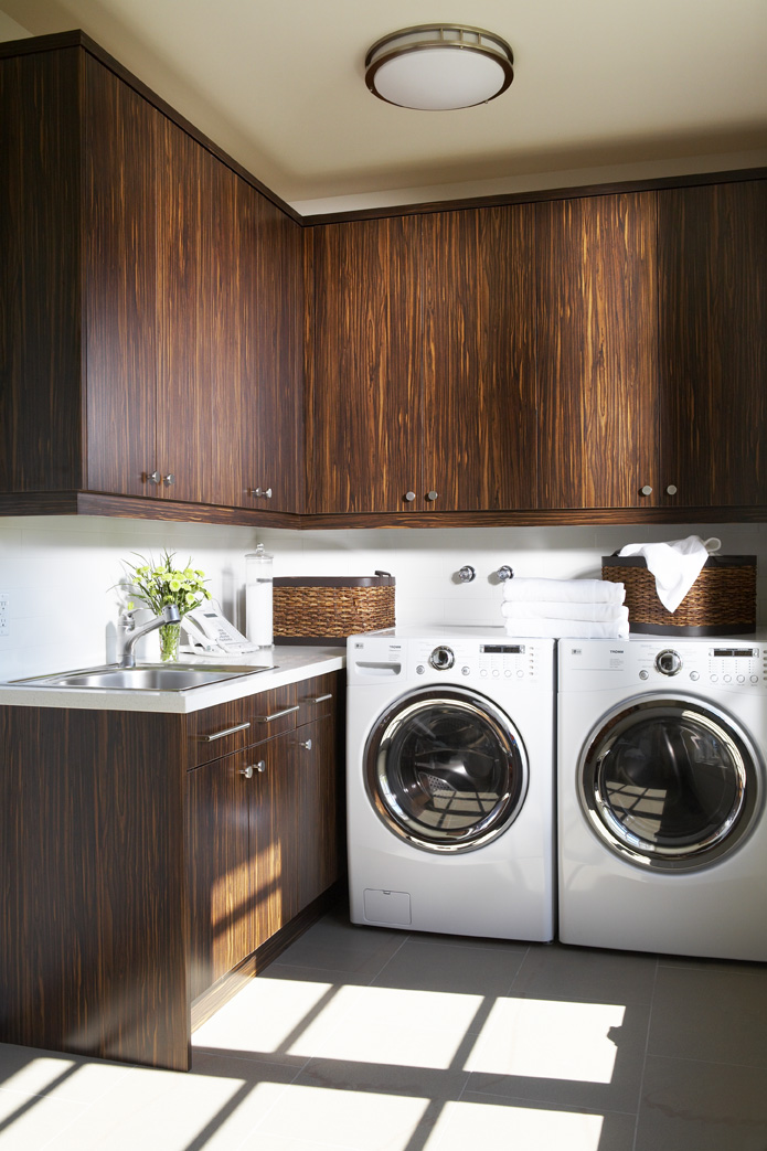 Country Urban Laundry Room