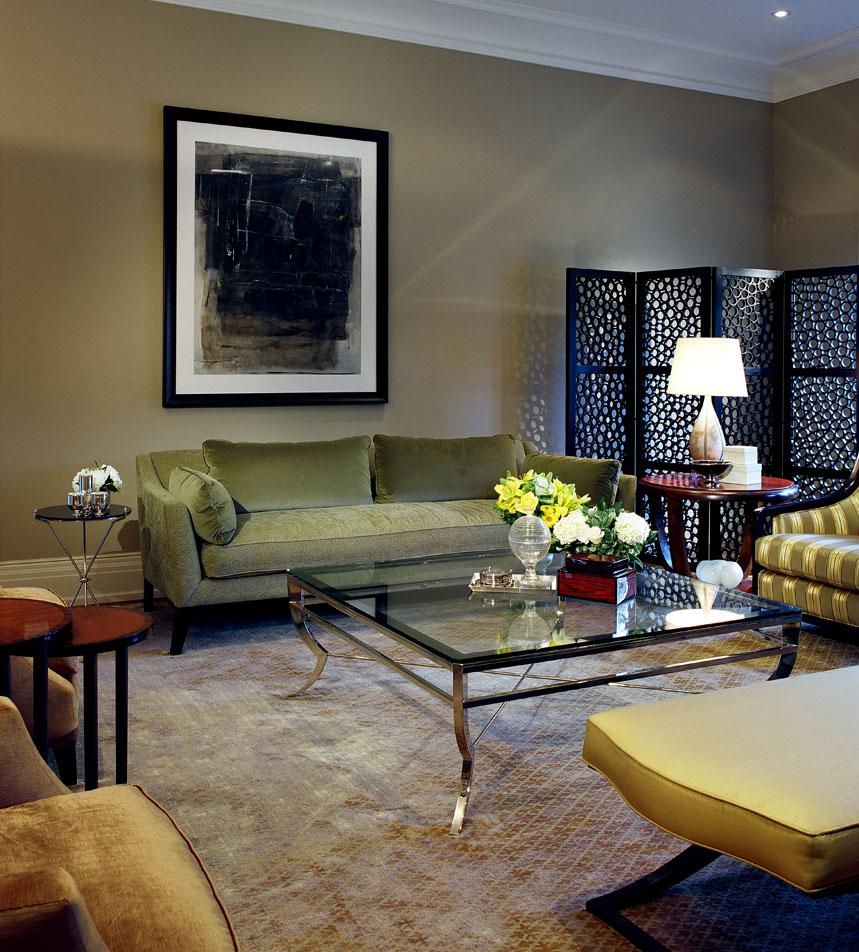 6_Living Room.jpg