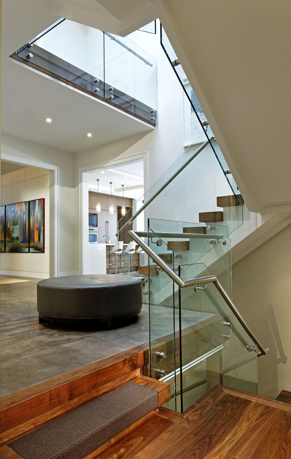 2_Stair.jpg