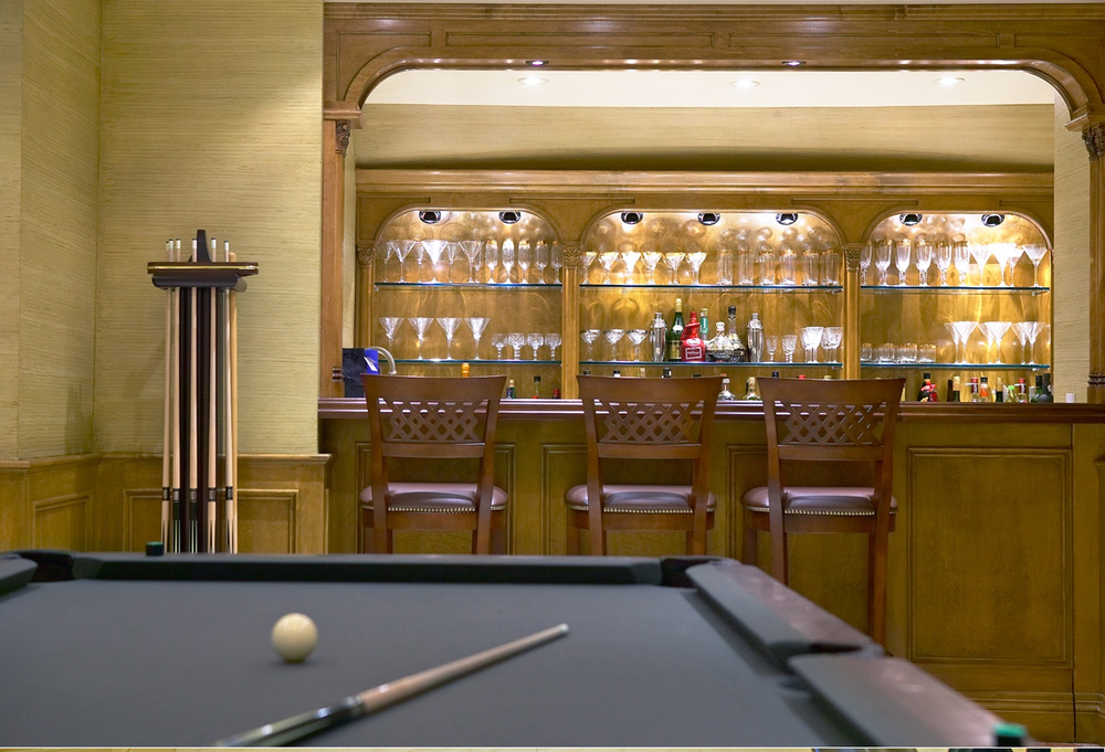 05-poolroom bar.jpg