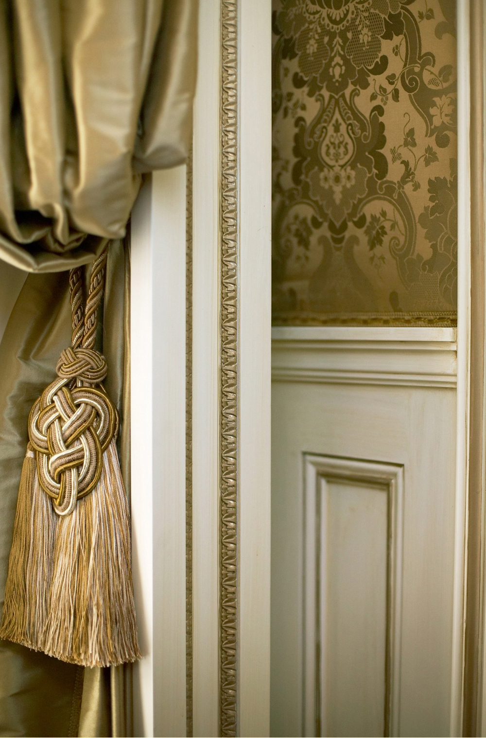 31-curtain tassel wall cloth.jpg