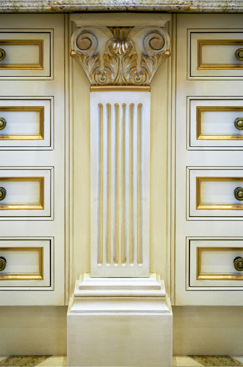 44-drawers pilaster.jpg