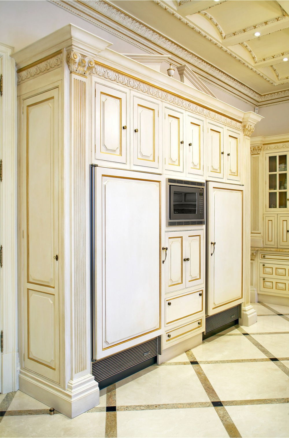 78-kitchen cabinet wall.jpg