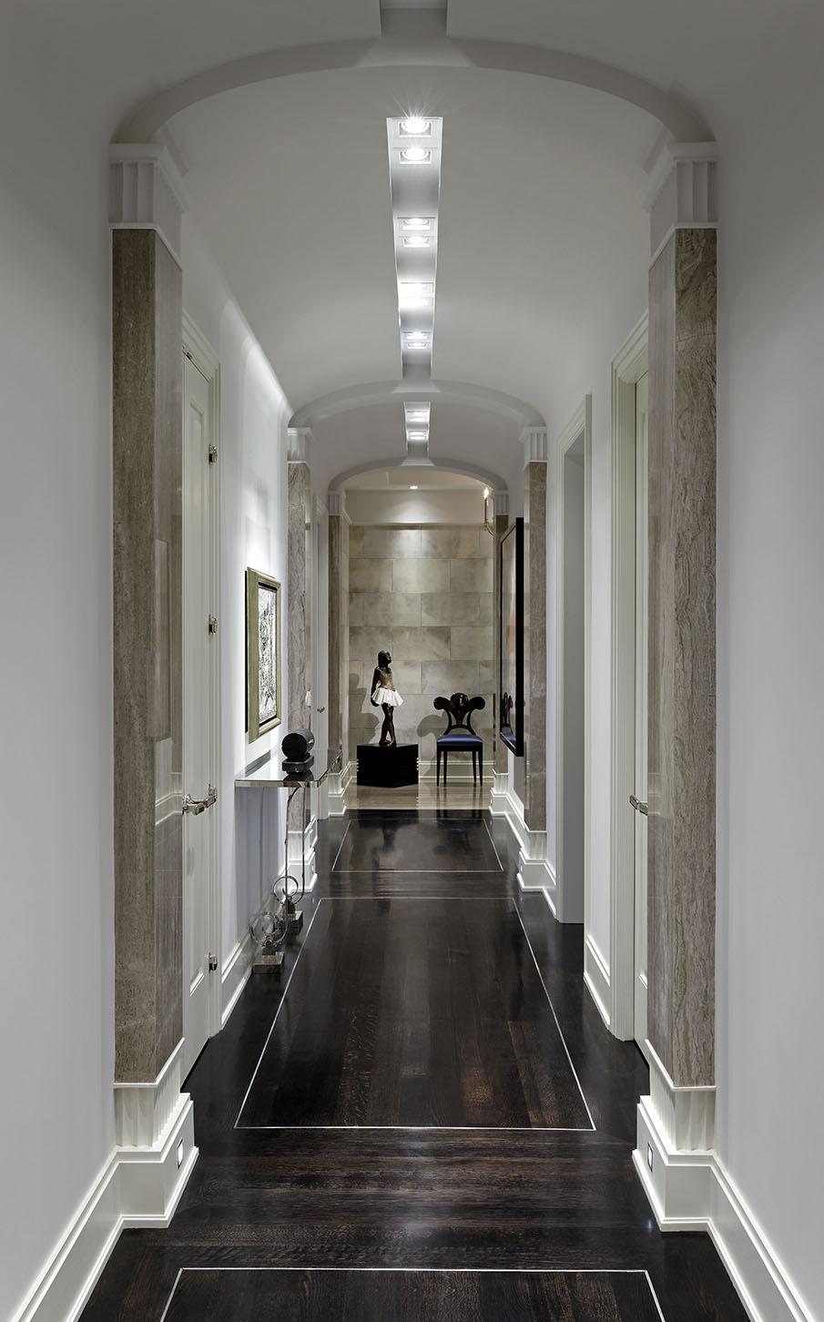 4_Hallway.jpg