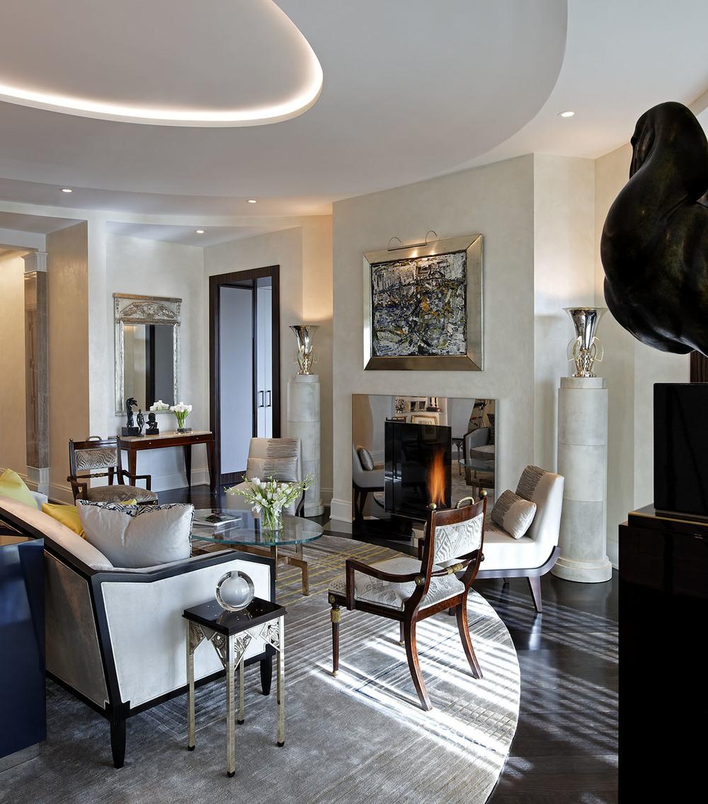 16_Living Room.jpg