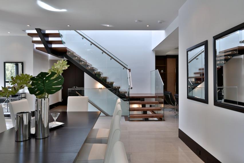 10a_Stairs.jpg