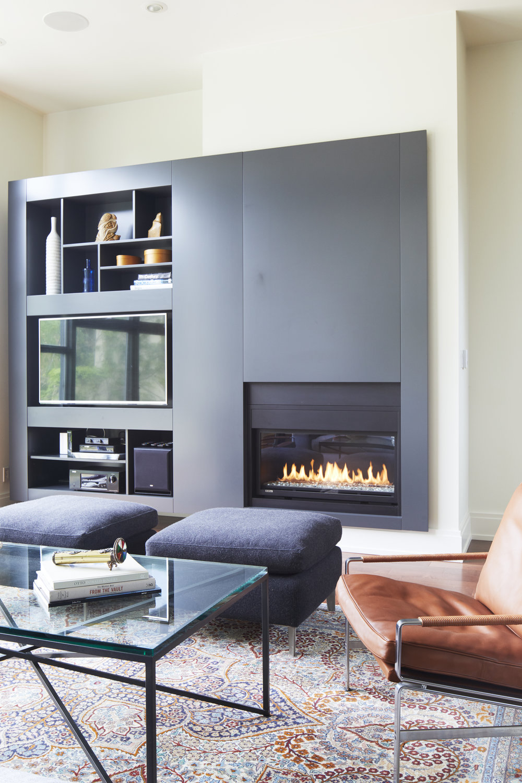 7_Living_Fireplace.jpg