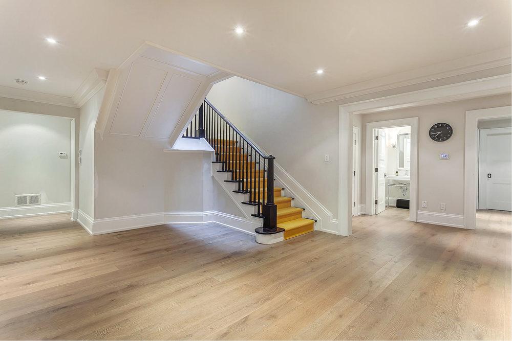 47_Basement_Stair.jpg