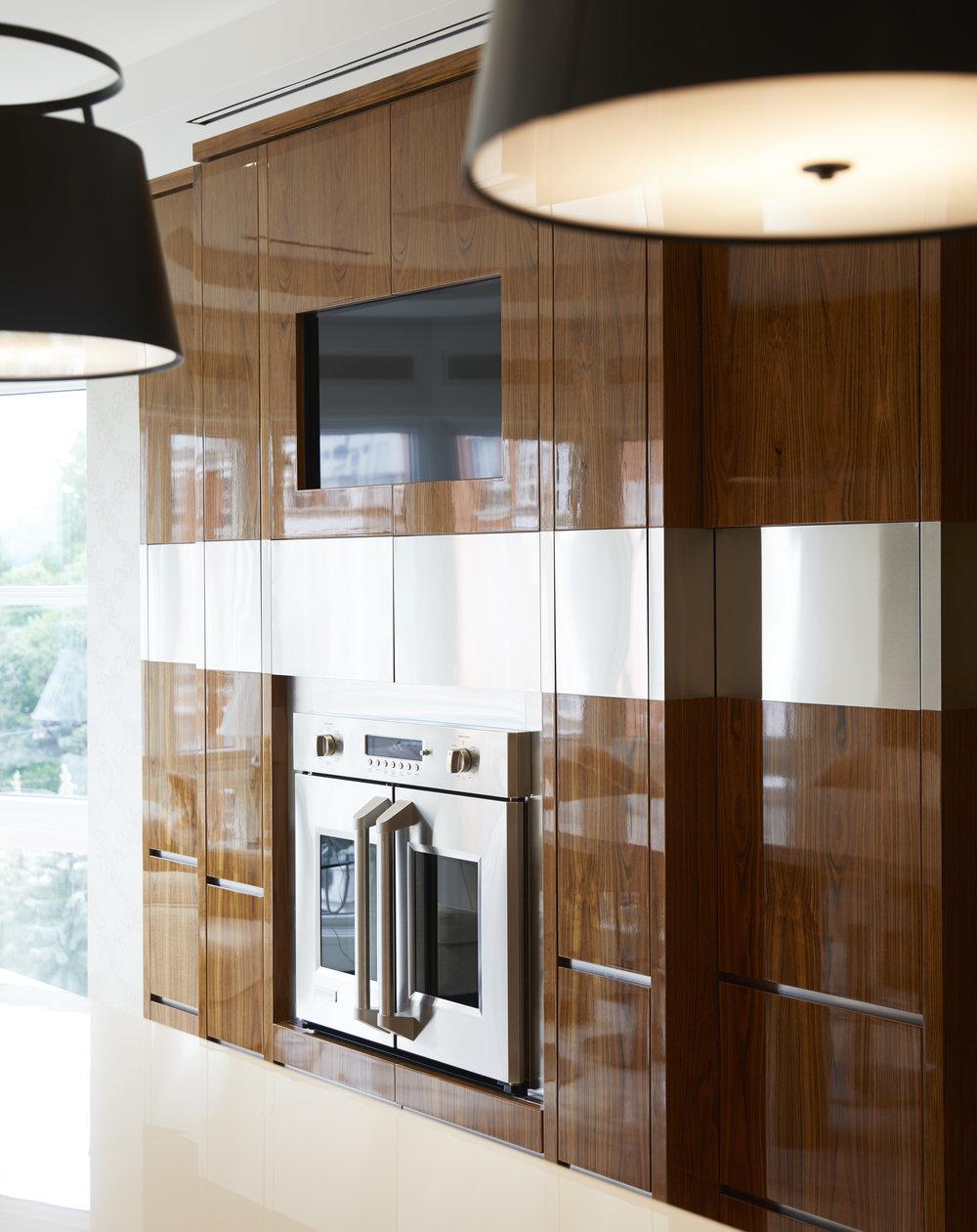 6_Kitchen_Oven.jpg