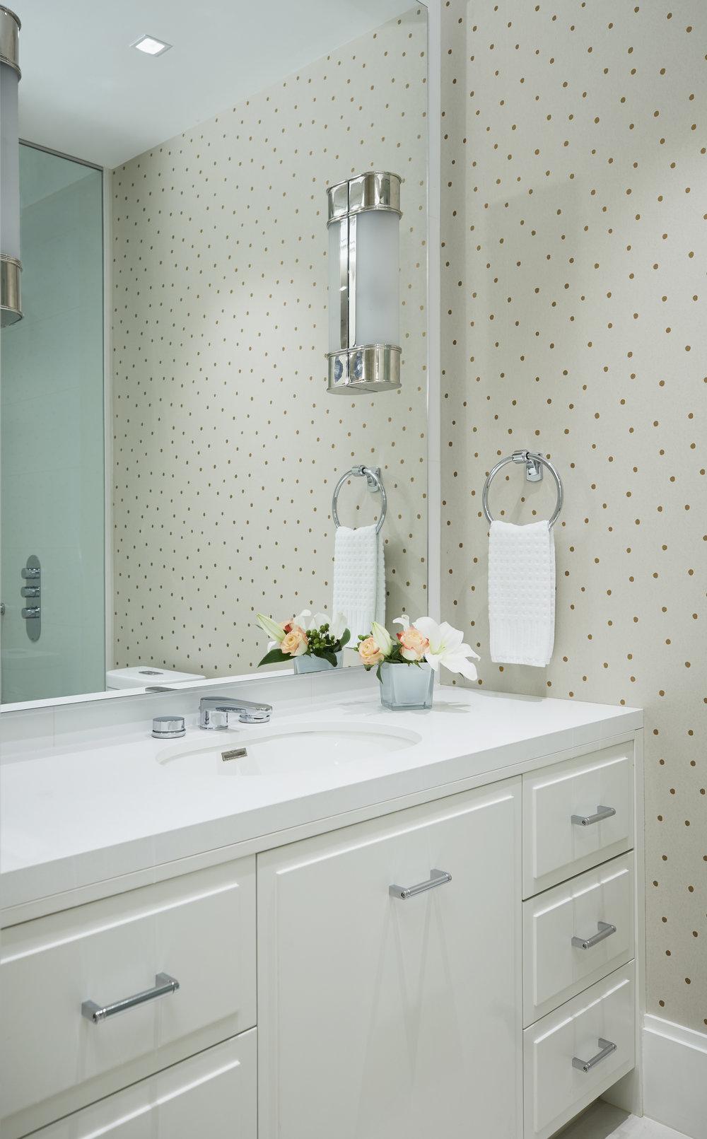 52_Guest_Bathroom.jpg