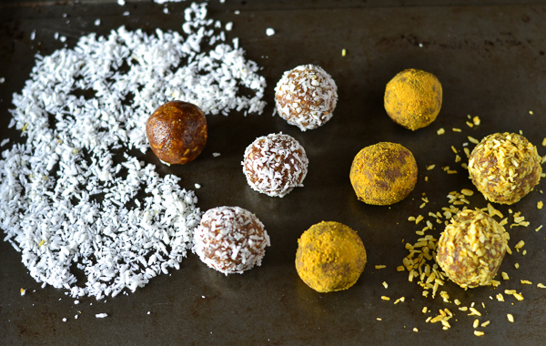 TURMERIC & GINGER BLISS BALLS -