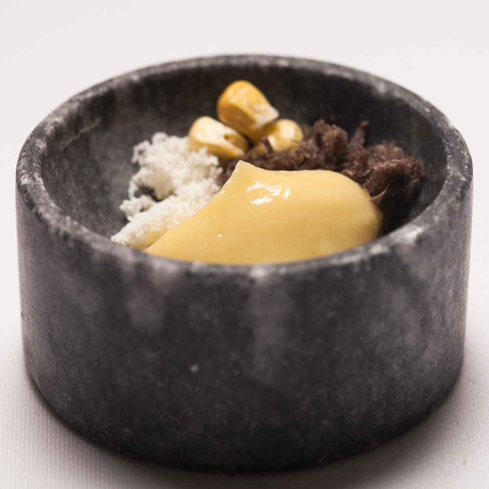 Yellow sweet corn and black truffle