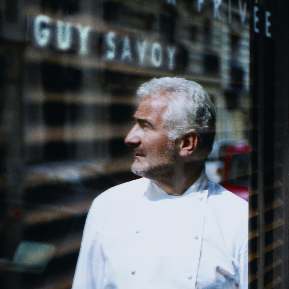 Reflet de Guy Savoy sq.jpg
