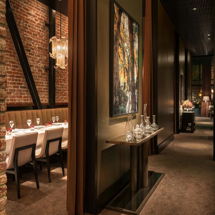 quince_restaurant+interior+sq.jpg