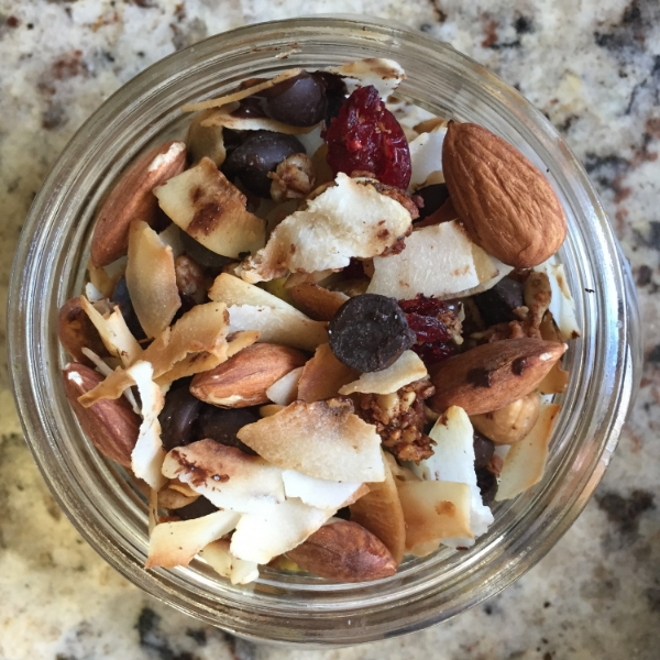 Snappy Trail Mix