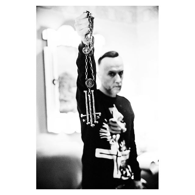 Nergal backstage in Portland • New batch of TNBM shirts available for pre-order now at peterbeste.com/store
