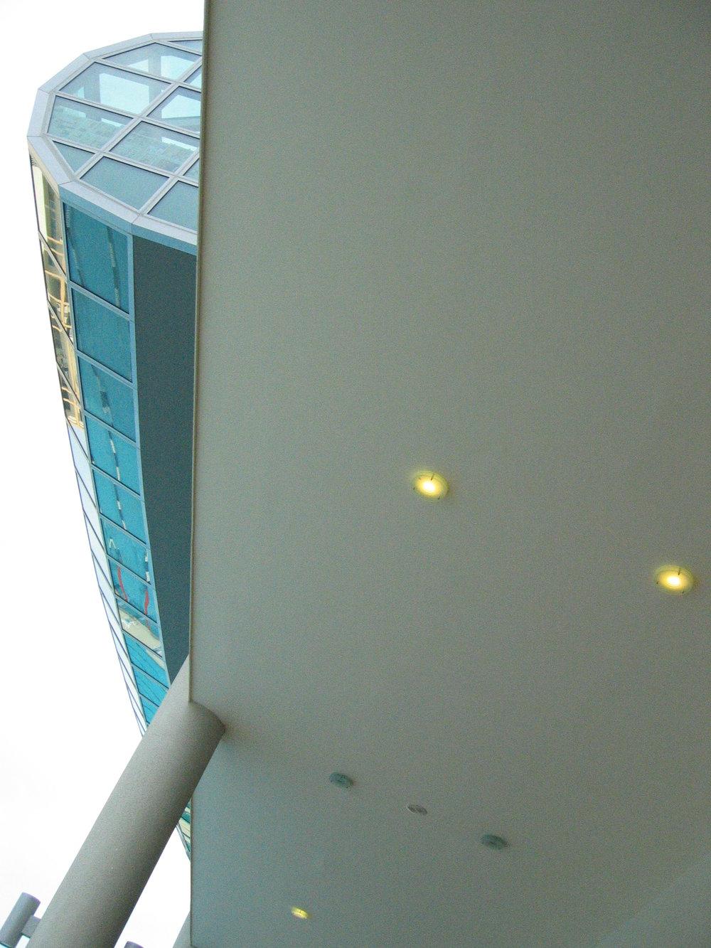 curved & semi-exposed  ceiling.JPG