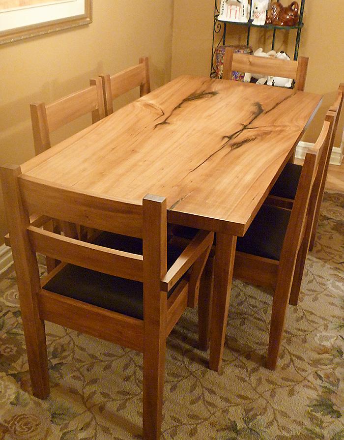 o'brasky dining suite