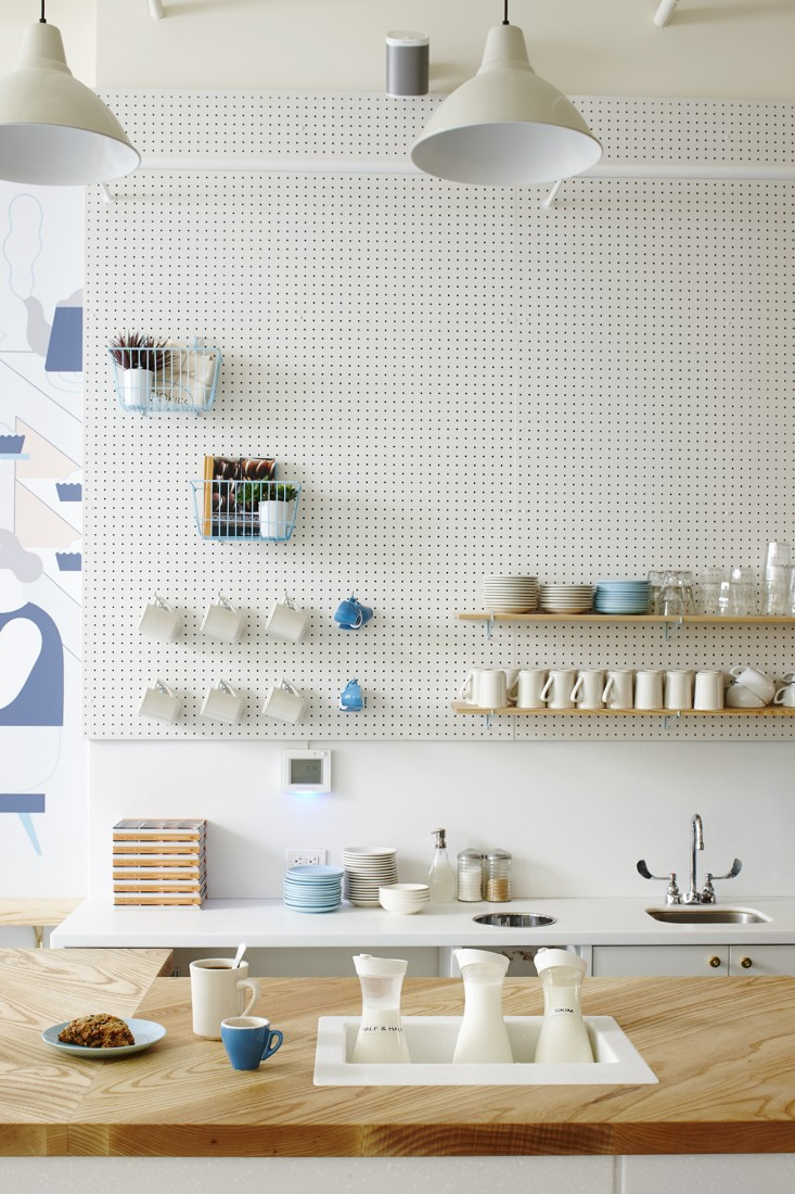 One-Girl-Cookies-coffee-counter.jpg