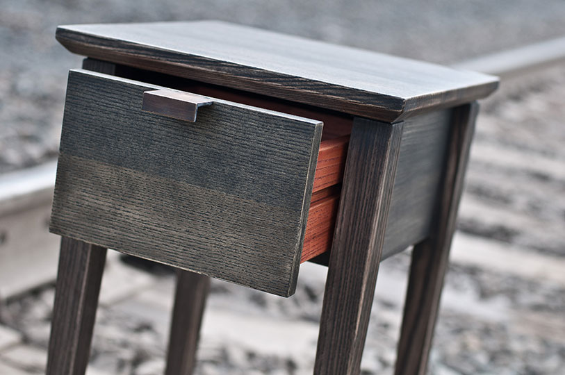 hudson line - side table