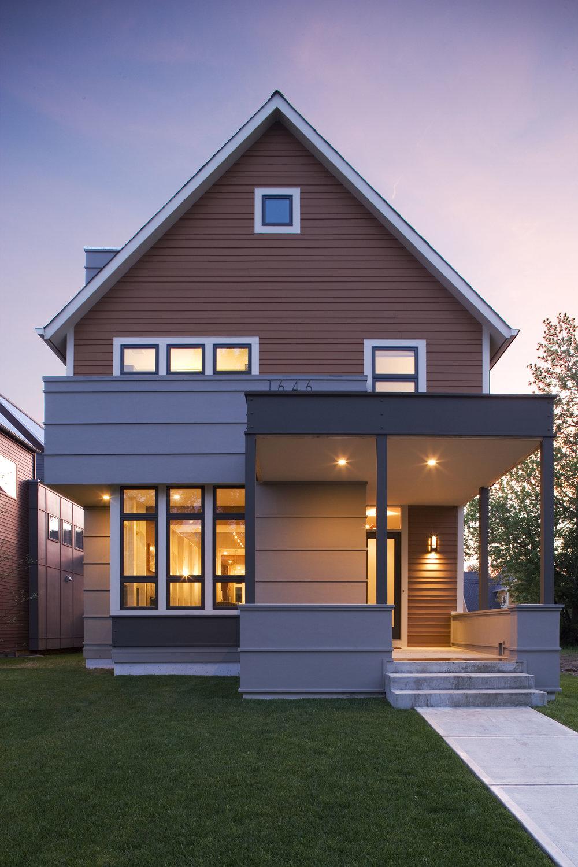 C+S HOUSE -