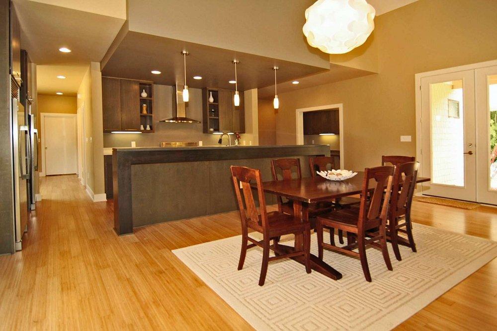 20110713115714.n_Dining_Room.JPG.jpg