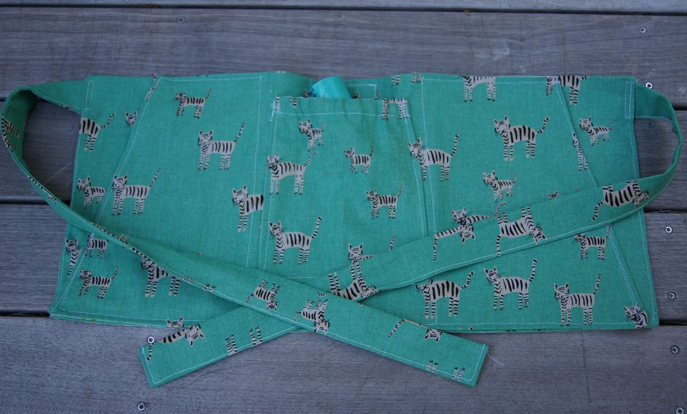 Dog Training apron Cotton + Steel done.jpg