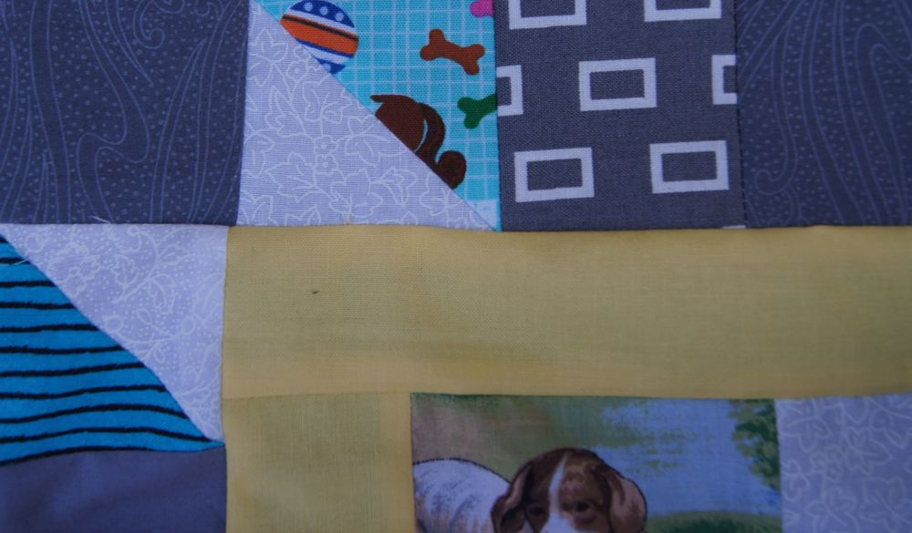 Quilt Grand Illusion dog block.jpg