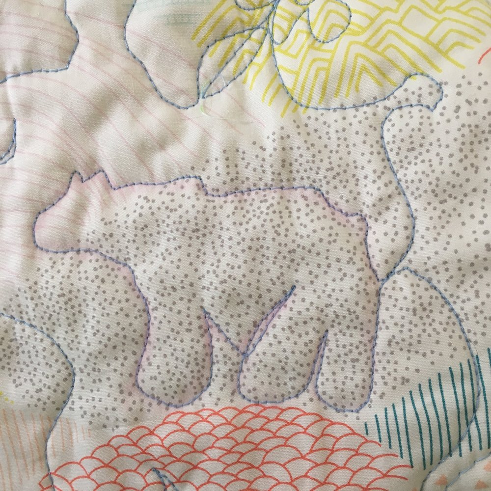 free motion quilting with an animal template u2014 sleeping dog quilts