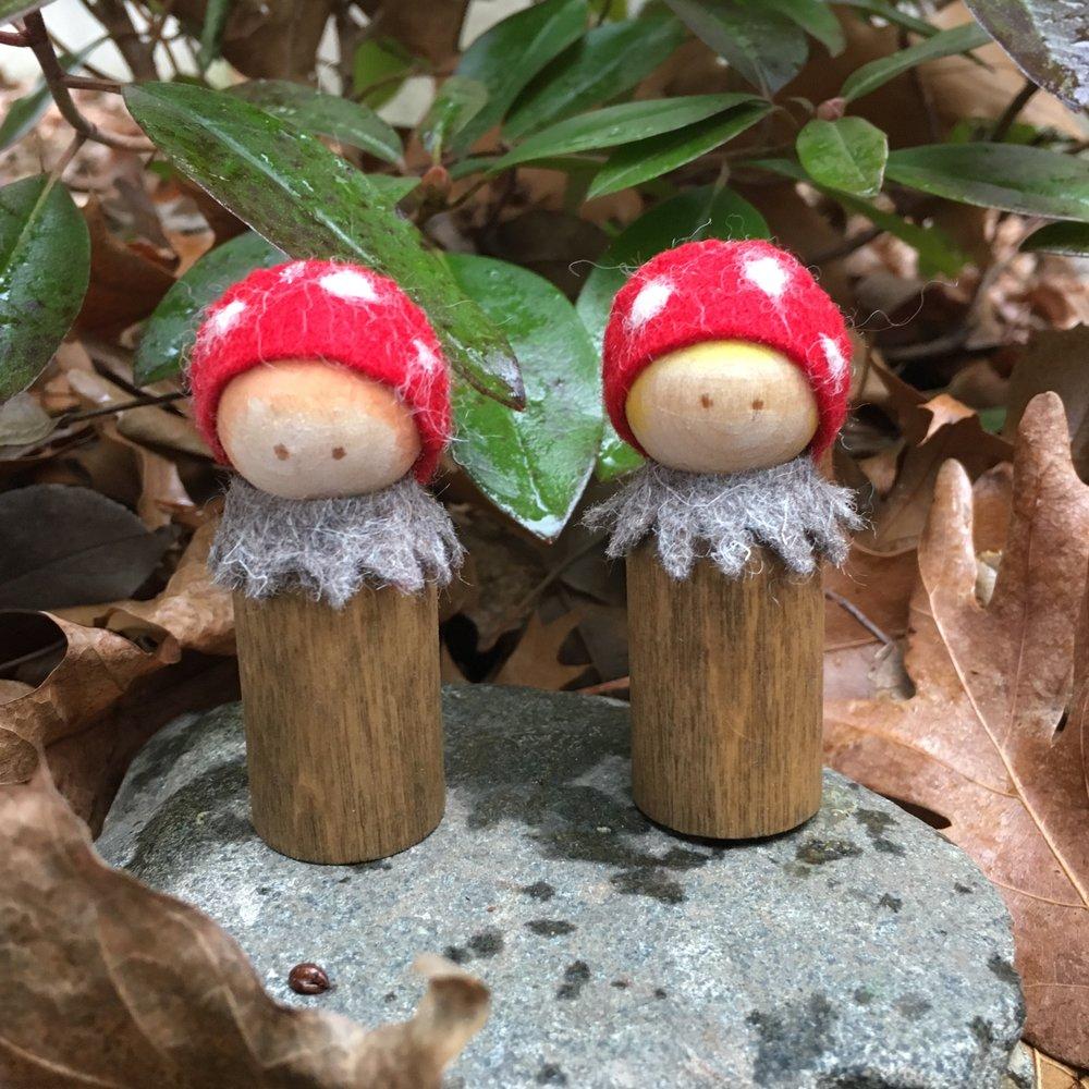 2 3/8 inch Mushroom Peg Dolls