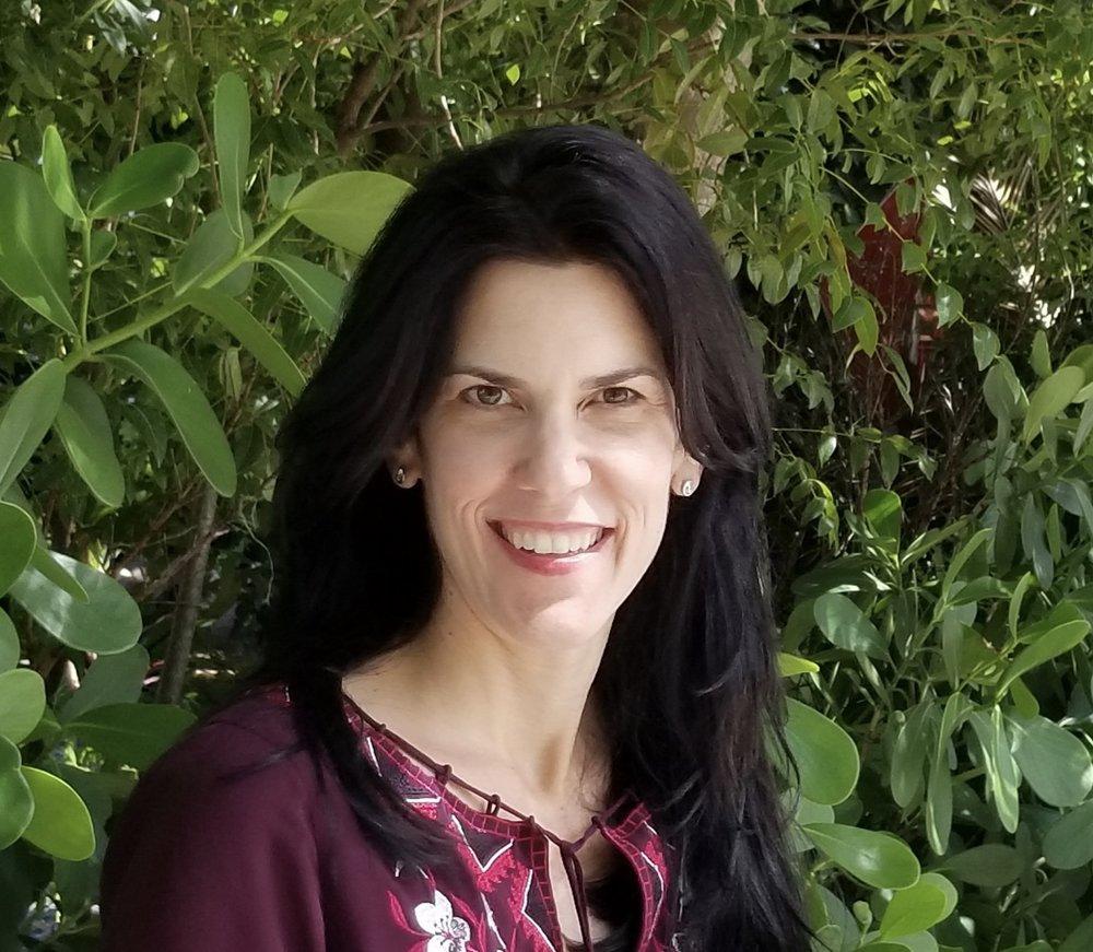 Stephanie Ansin  @stephanieansin
