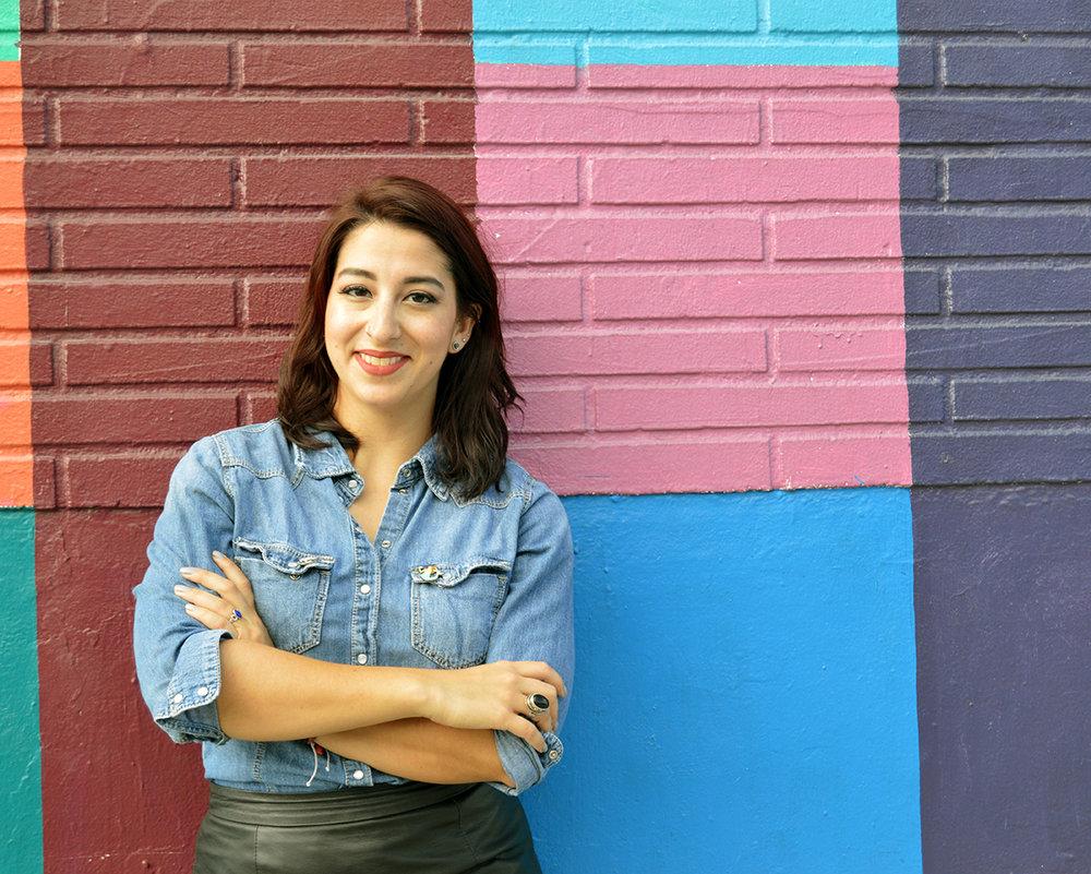 Tina Dominguez  Digital Marketing & Content   @tina_vision