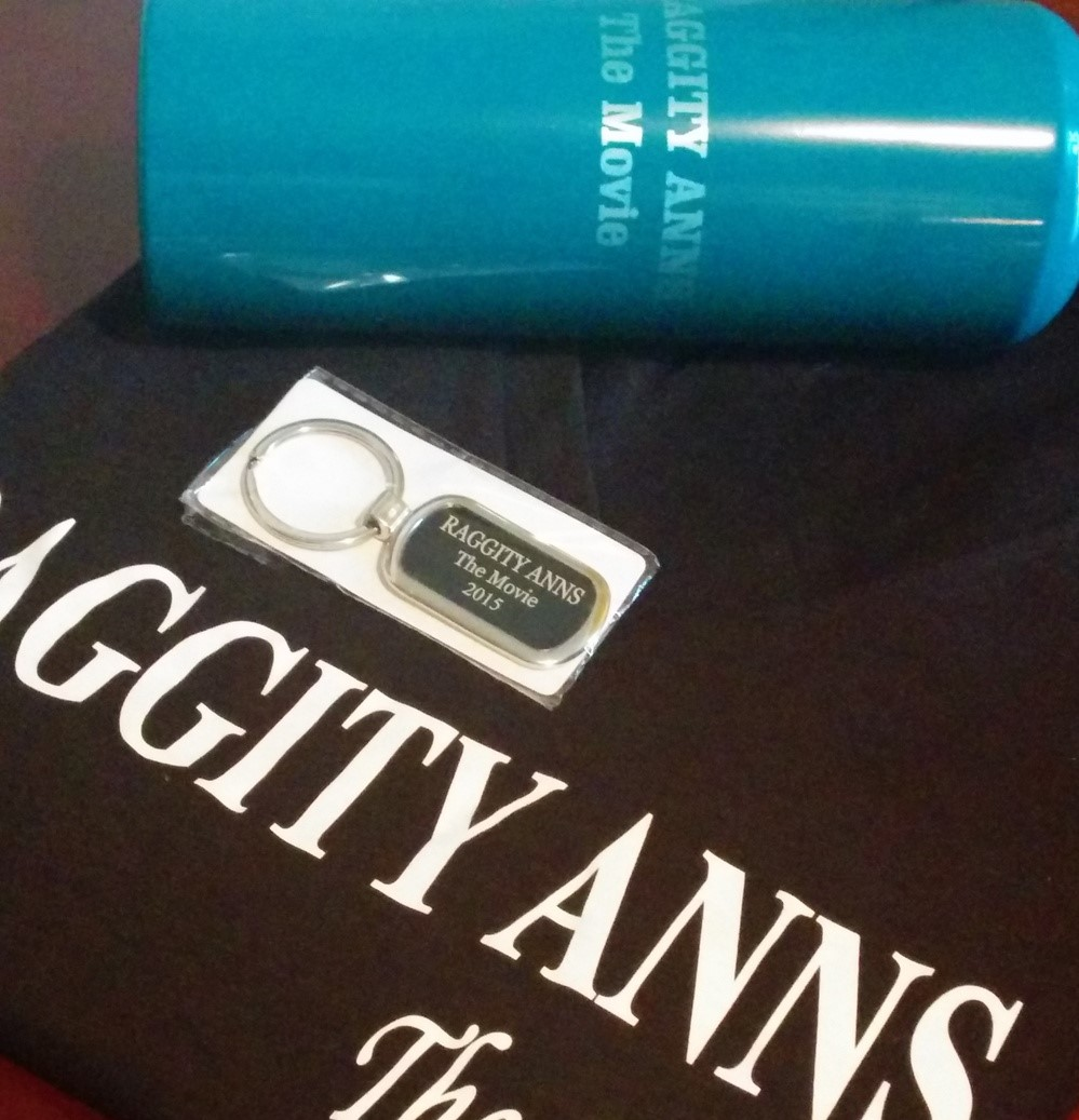 RAGGITY ANNS TSHIRT (2).jpg
