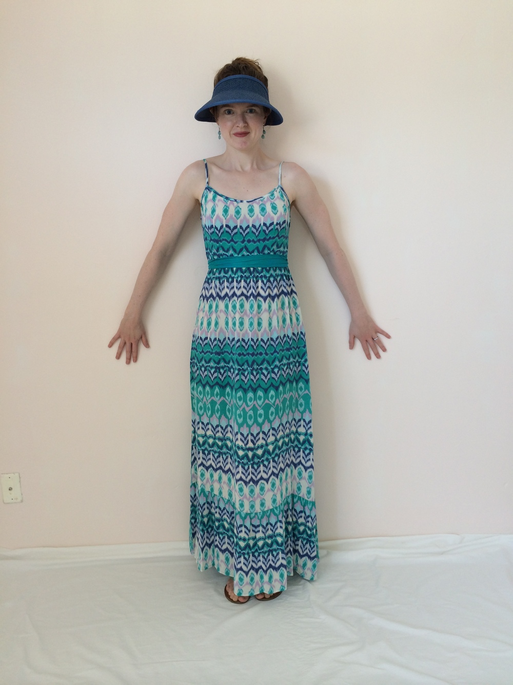 Looking all dramatic with a belt and a ridiculous summer hat I bought at a hardware store. For some reason this pattern is not available online...? Click the photo for other colors.