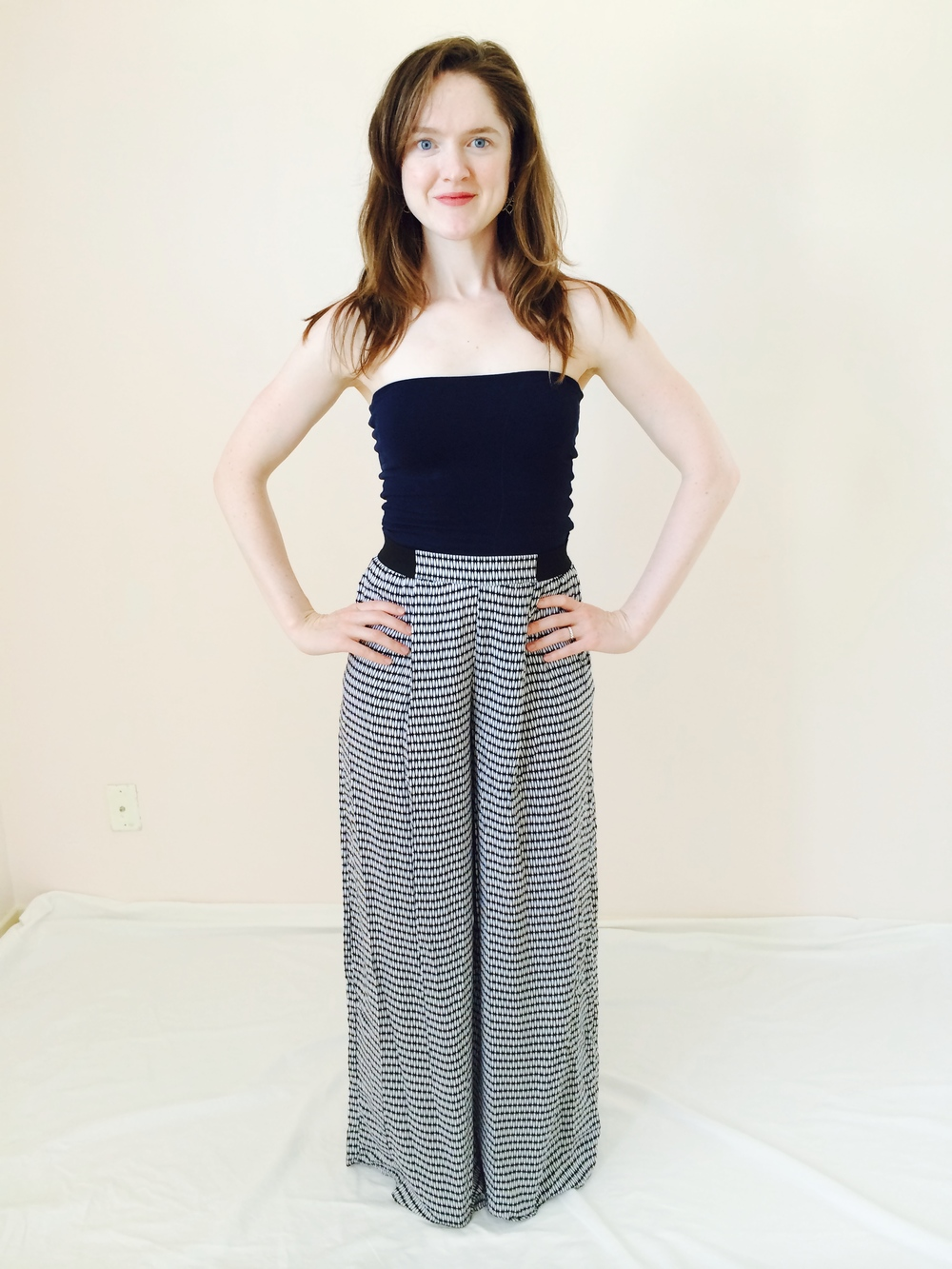 Palazzo pants from target. Click on the photo to find them online ;)