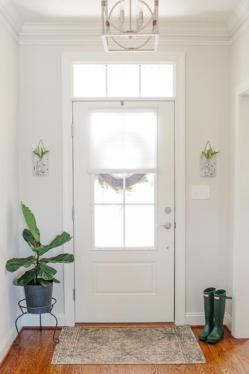 Anguiano Home - Entry